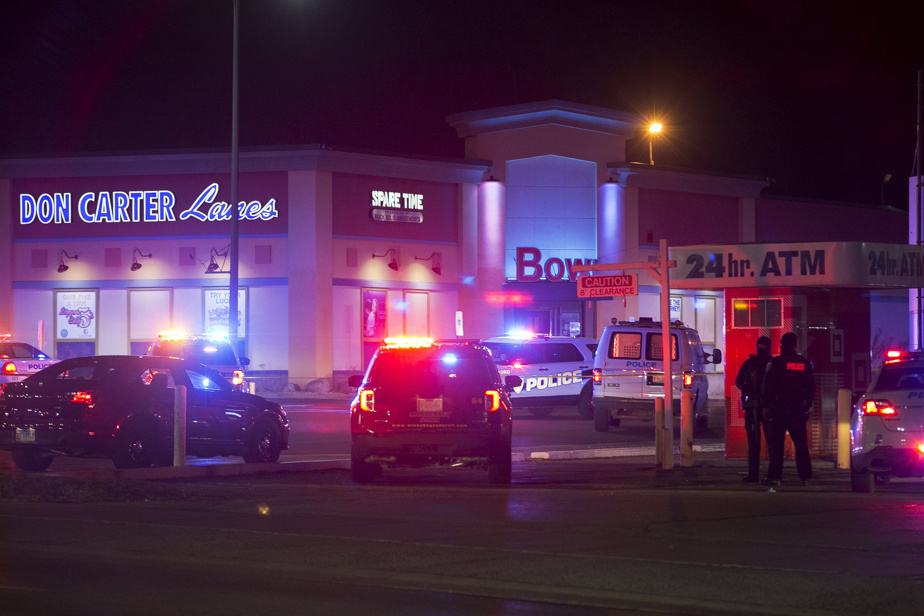 Three killed, three injured in IL bowling alley shooting