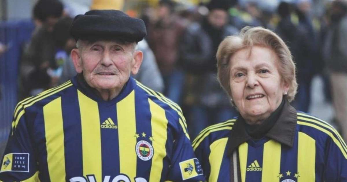 Fenerbahce Turkey S Emotional Post Mortem Tribute To Its Two Most Loyal Fans