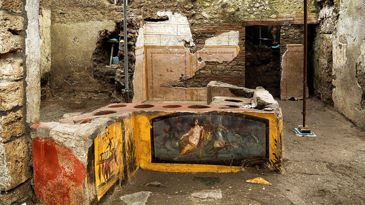 Ancient food and hot drinks shop uncovered in Pompeii