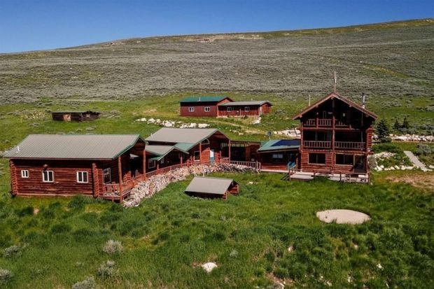 Kanye West's 2nd ranch in Wyoming purchased in late 2019 for $ 14 million.