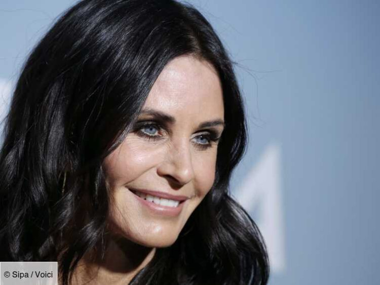 Courteney Cox: stranded in a plane, the star of Friends ...