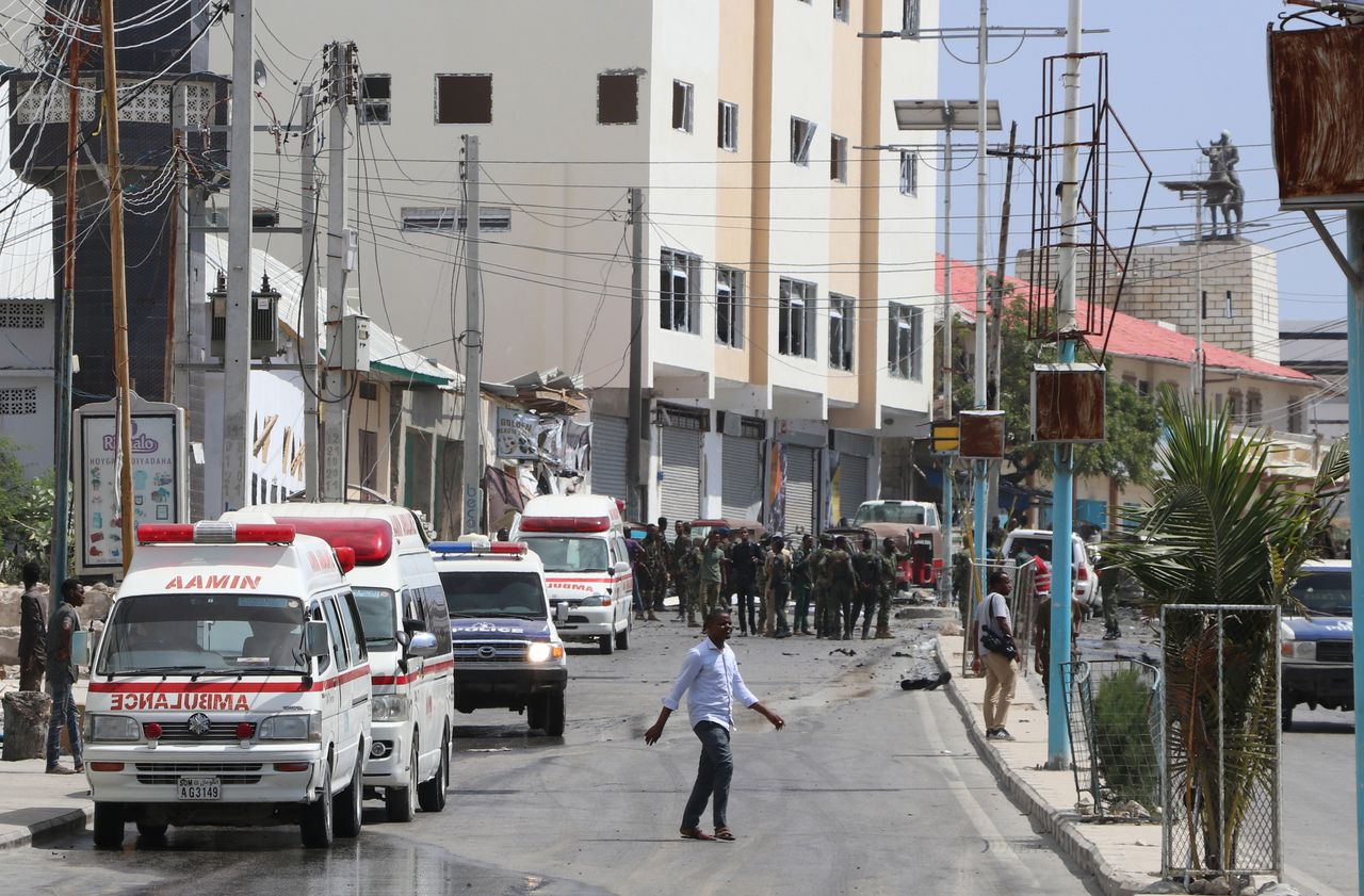 Somalia hotel hit by explosion and gunfire; casualties expected
