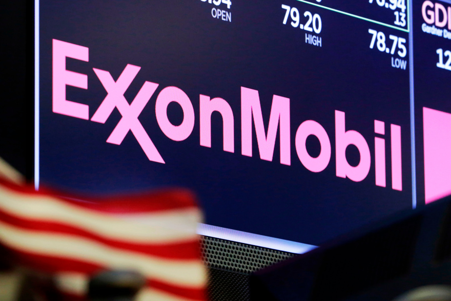 ExxonMobil, Chevron CEOs talked merger after pandemic outbreak