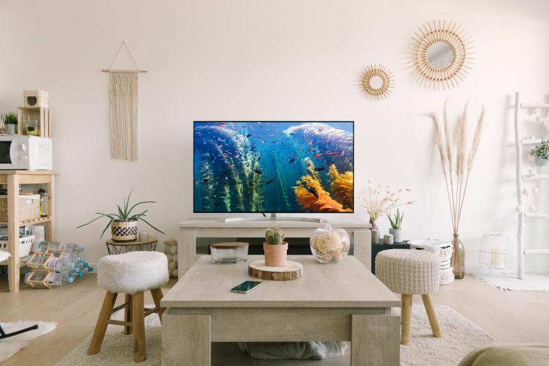 The Latest Waves of Smart TVs Changing our TV watching Experience